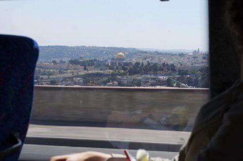 Mešita Al Aksa a Jeruzalém z autobusu